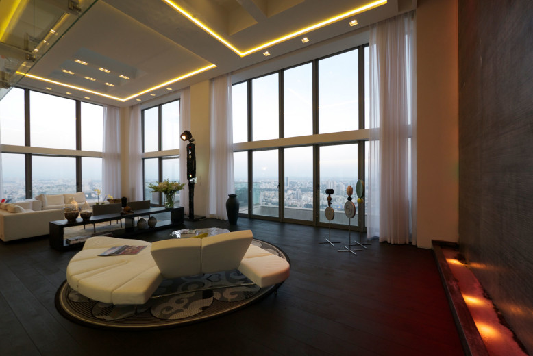 Stunning penthouse residence