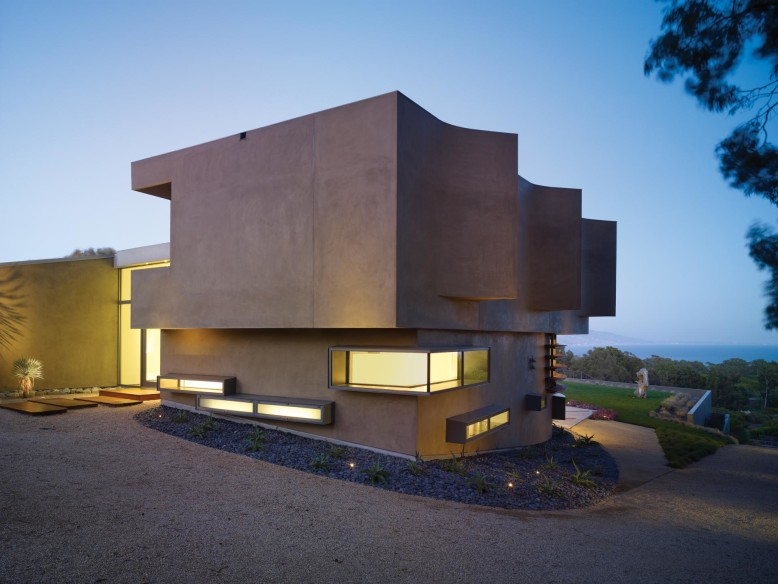 Point Dume Residence by Griffin Enright Architects