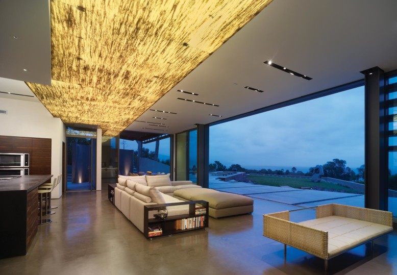 Contemporary Residence by Griffin Enright Architects