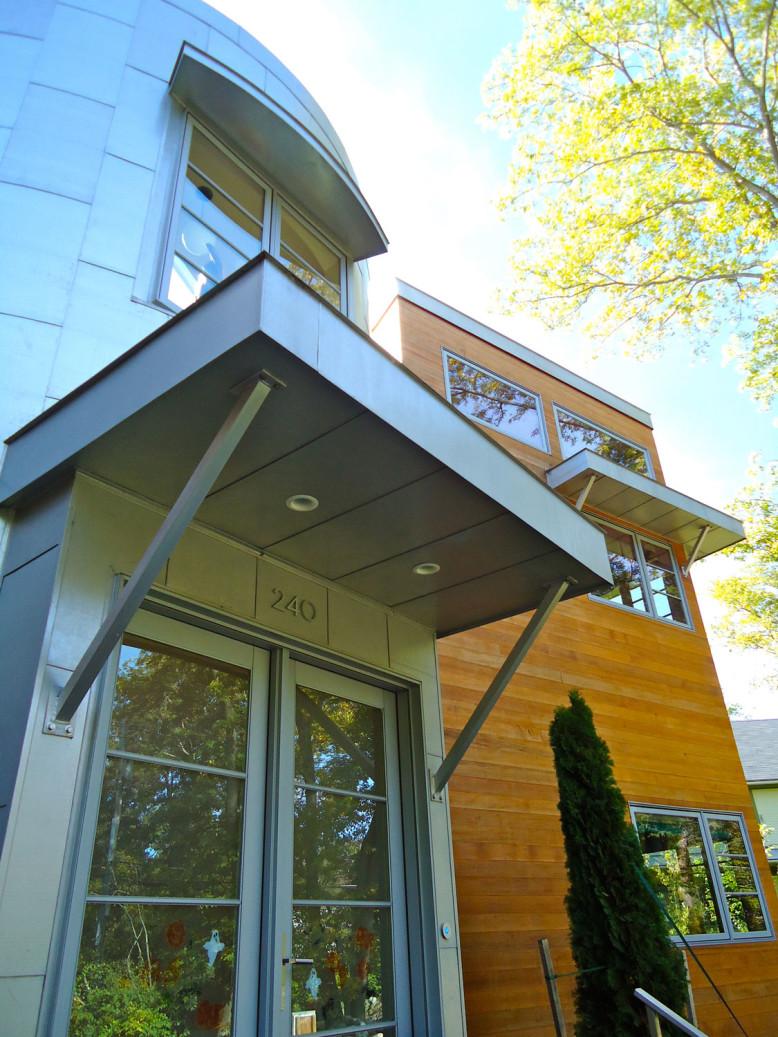 Polaris House by Bob Augustine