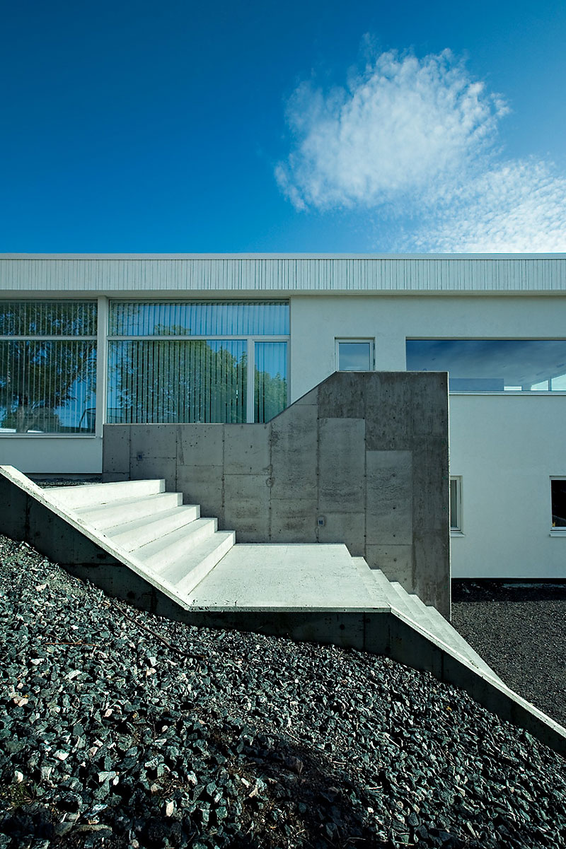 Villa g by saunders architecture homedezen for Villa architect
