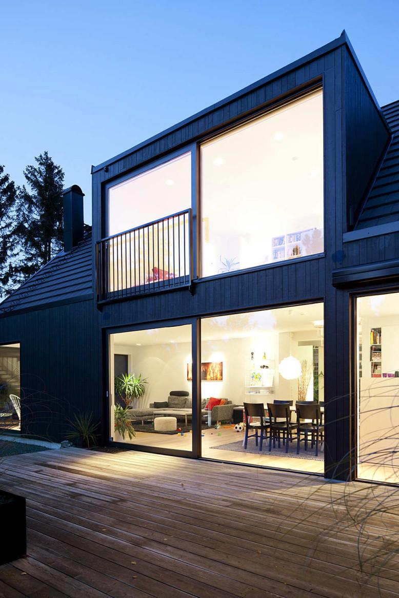 Modern Villa by Johan Sundberg