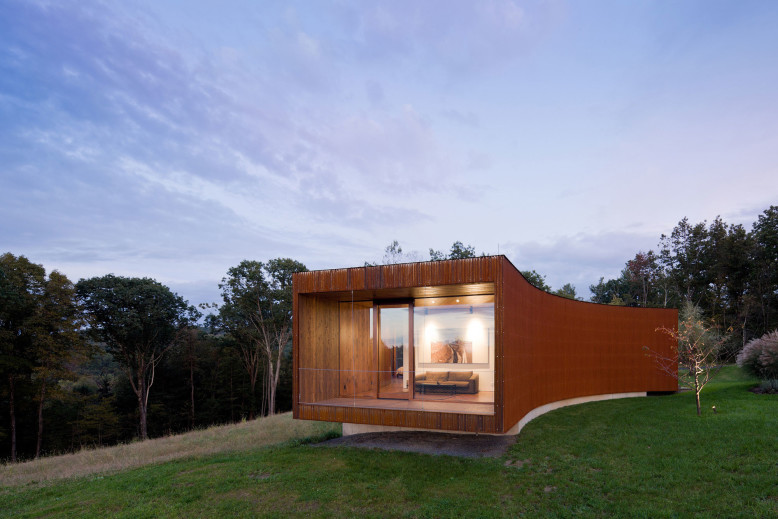 Modern House by HHF Architects