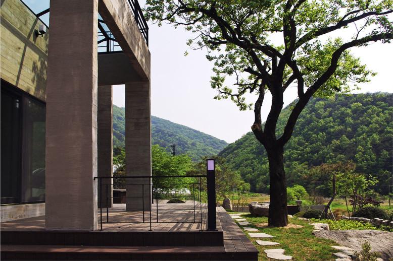 House of San Jo by Studio Gaon