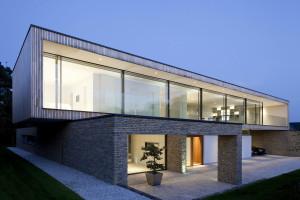Hurst House by John Pardey Architects & Ström Architects