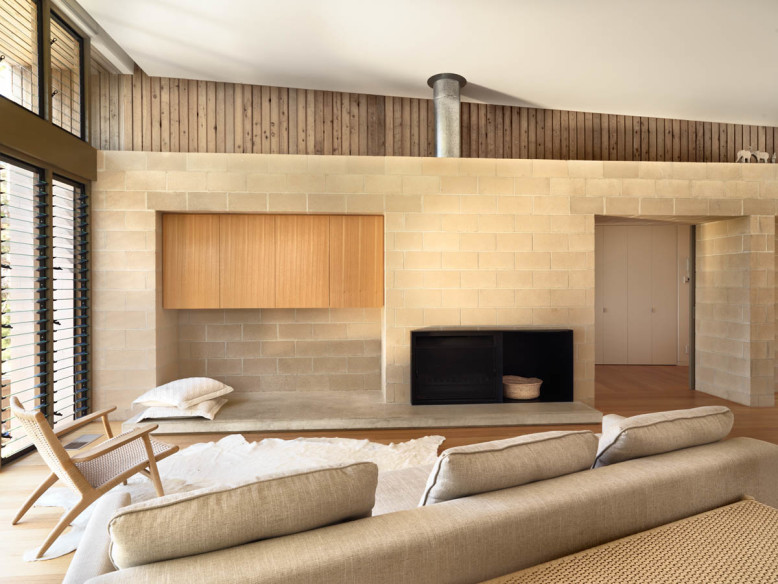 Beach House by Studio101
