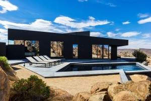 Black Desert House by Marc Atlan and Oller & Pejic