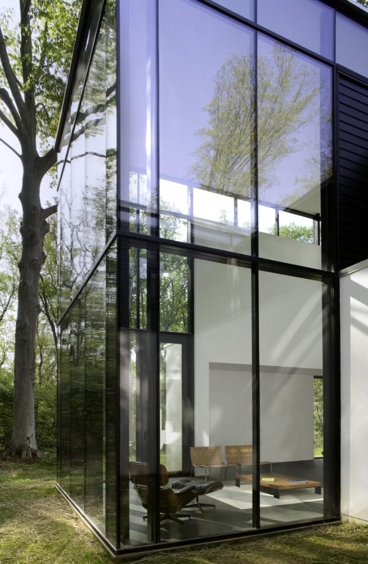 Black White Residence by David Jamerson Architect