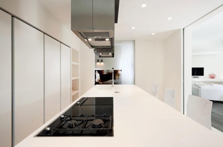 Celio Apartment by Carola Vannini