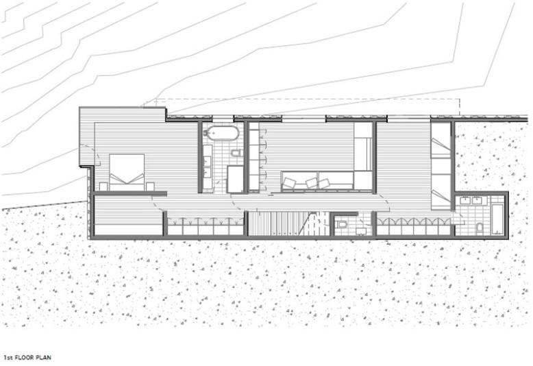 Modern Villa by Nicolás del Rio and Max Núñez