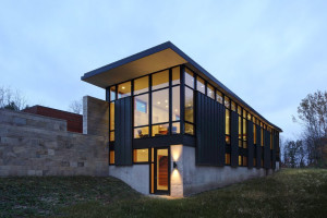 Fieldstone House by Bruns Architecture