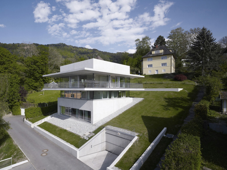House by the Lake by Marte.Marte Architekten