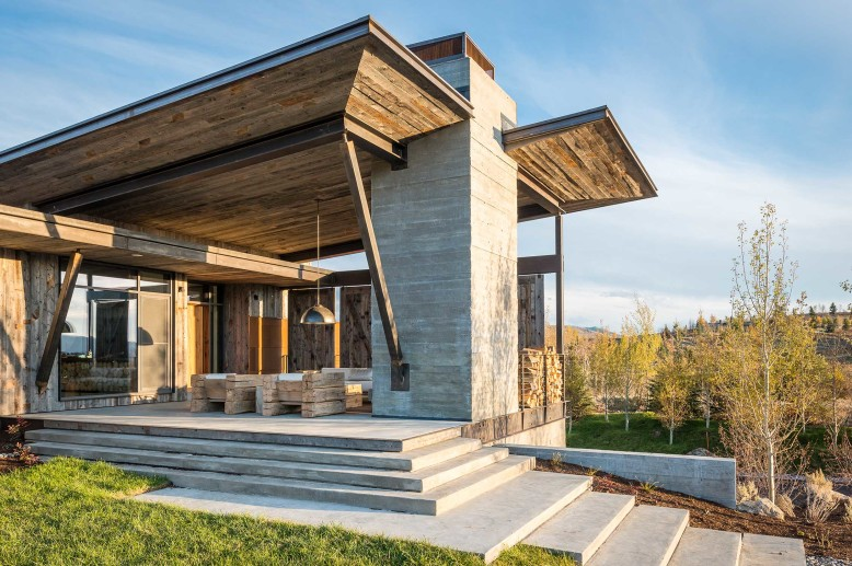 Modern Residence by Pearson Design Group