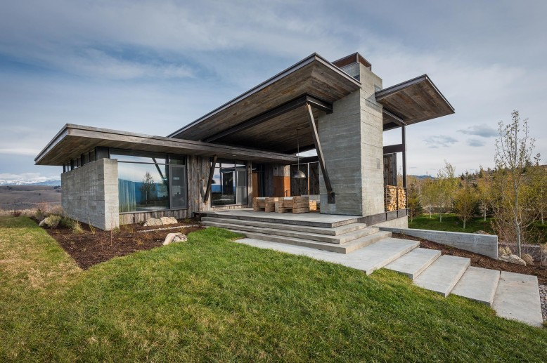 Residence JH by Pearson Design Group