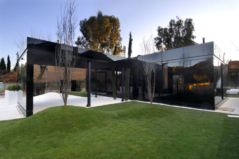 Modular House by A-cero Architects