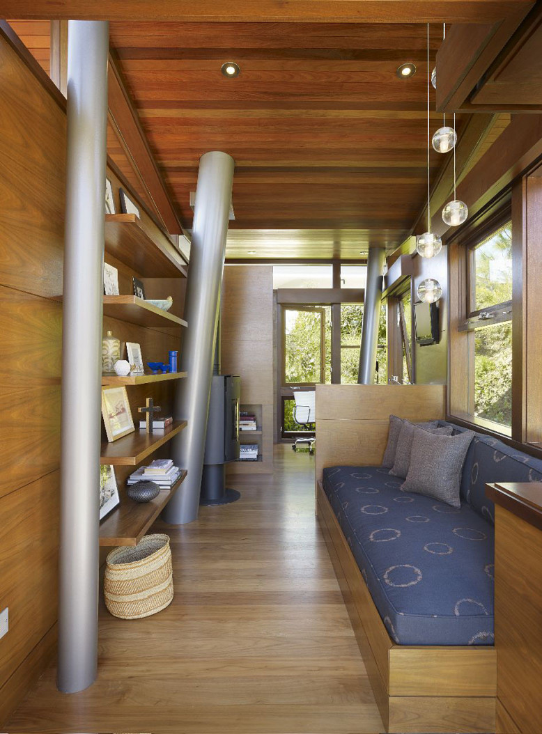 Guesthouse by Rockefeller Partners Architects
