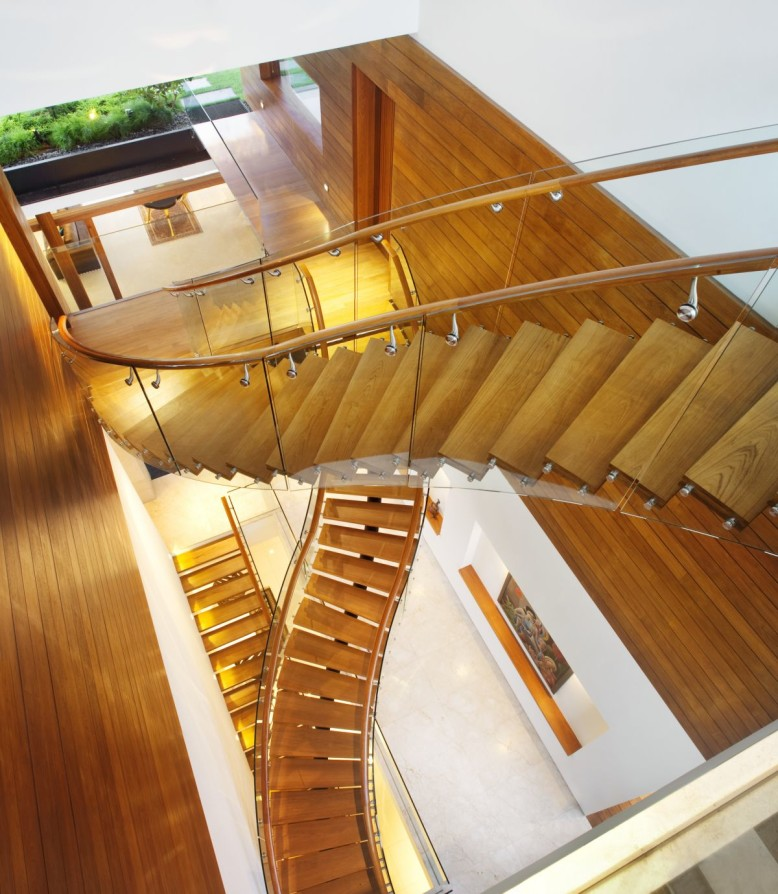 Modern House by Guz Architects