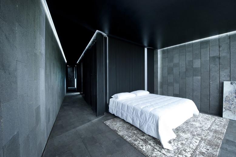 Modern House by Joan Puigcorbé