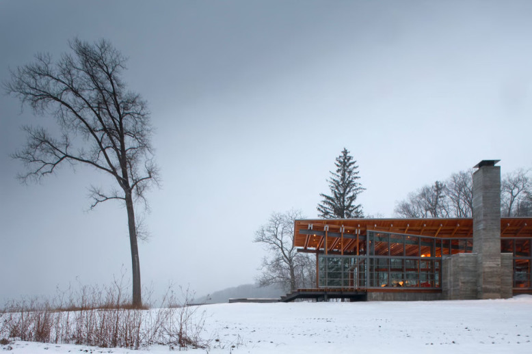 Modern Retreat by Bohlin Cywinski Jackson