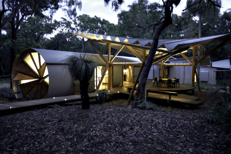 Drew House by Simon Laws Anthill Constructions