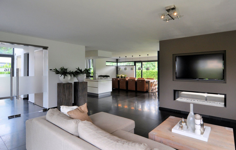 Modern House In The Netherlands Homedezen