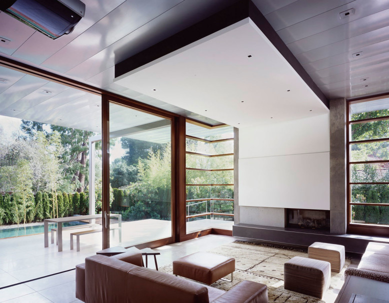 Modern House by Ehrlich Architects