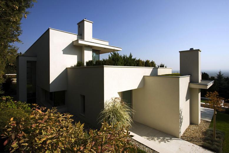 Contemporary Villa in Hungary