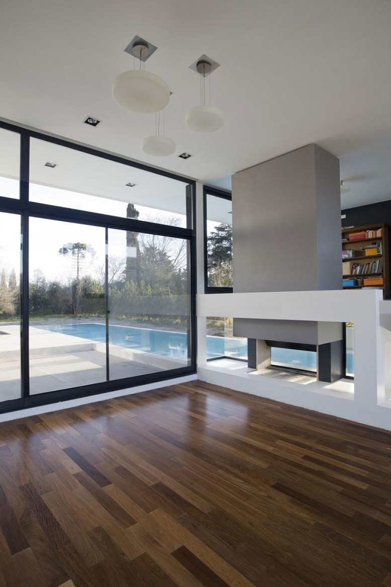 Contemporary family house in Buenos Aires, Argentina