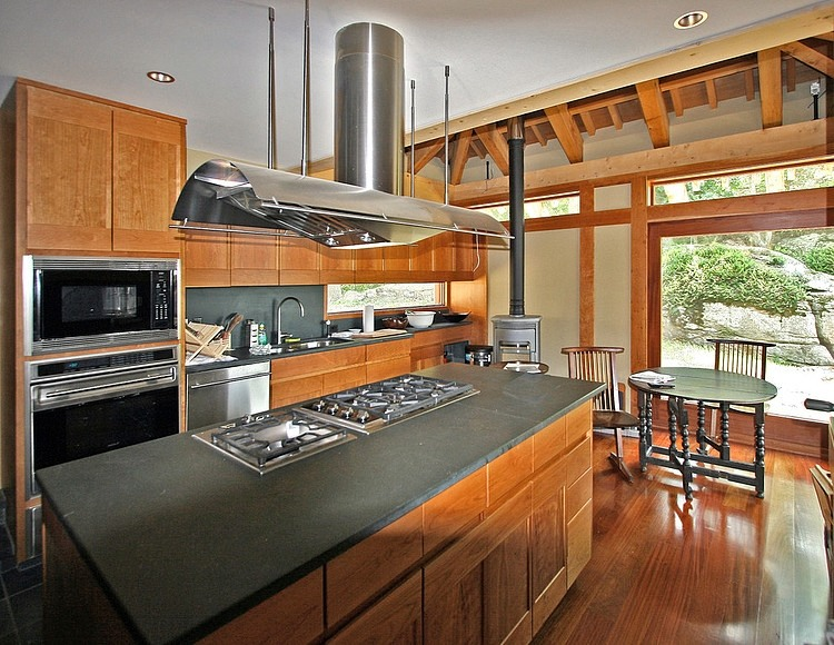 Contemporary asian style house