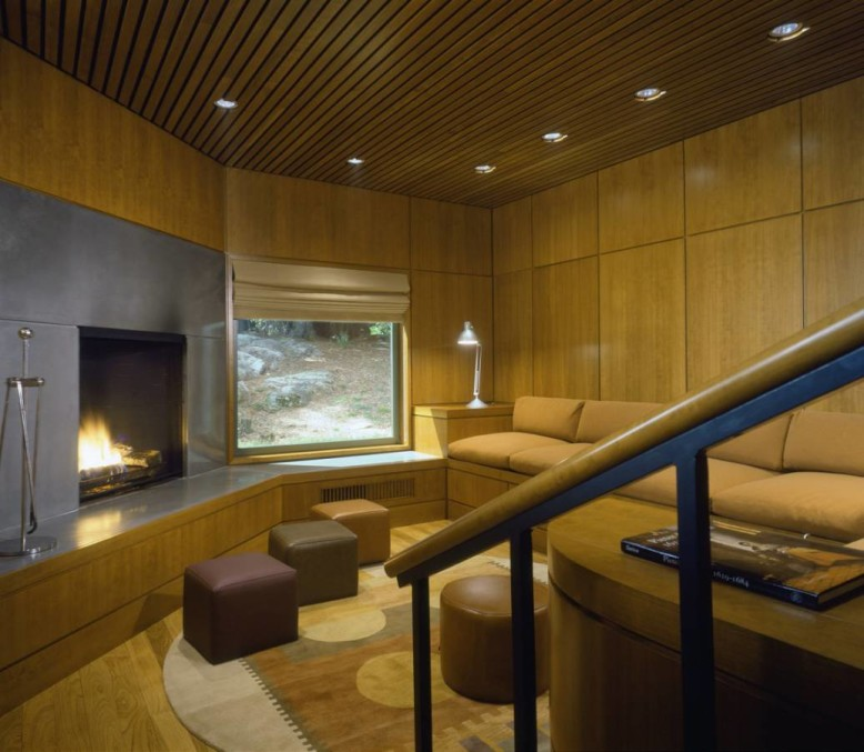 Playhouse by Austin Patterson Disston Architects