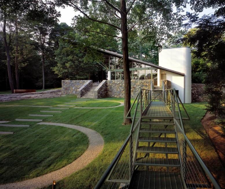Modern Playhouse by Austin Patterson Disston Architects