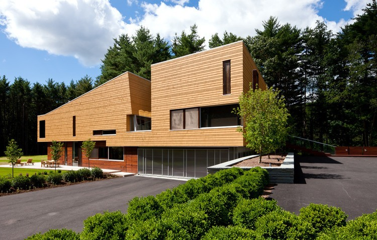 Modern wooden residence in Massachusetts