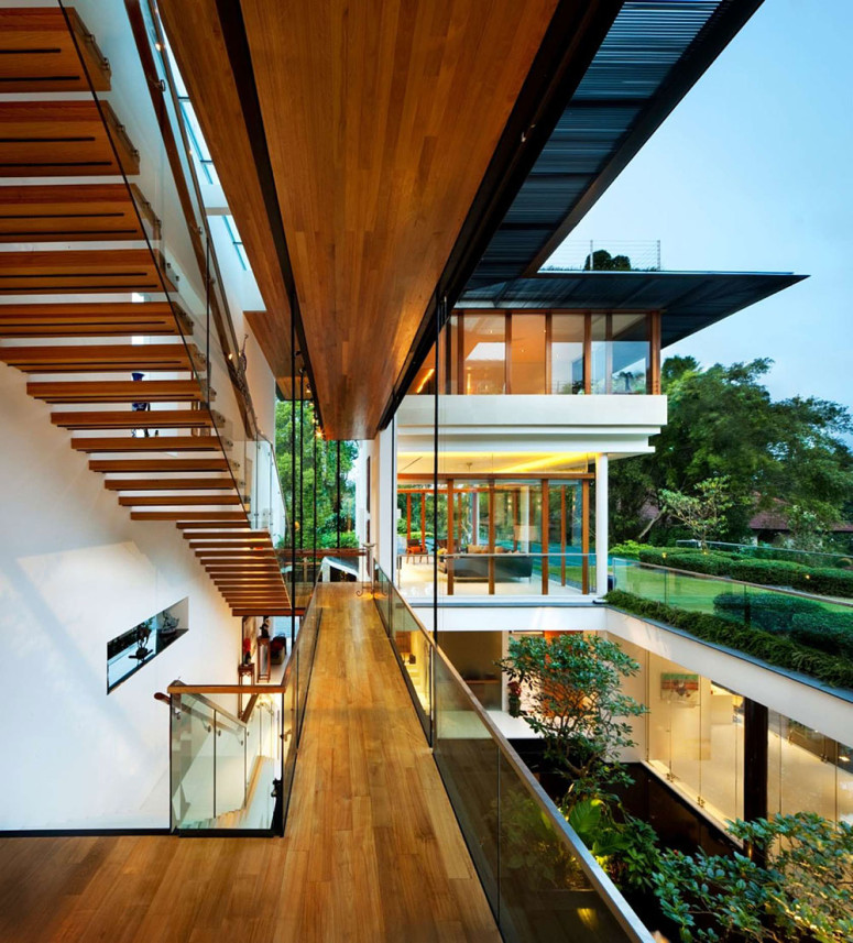 Contemporary house in Singapore