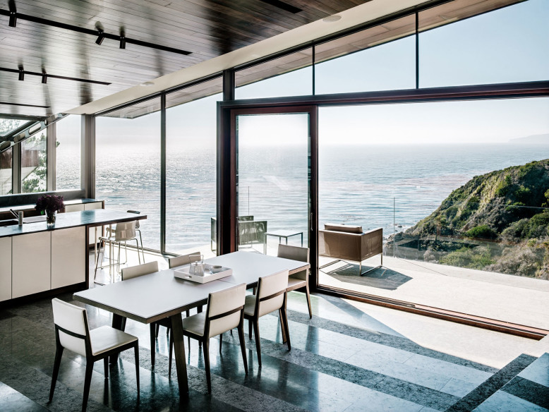 Stunning vacation house with amazing views of the Pacific Ocean