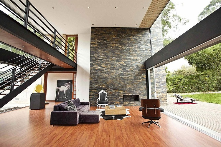 Two-storey modern residence by David Ramirez