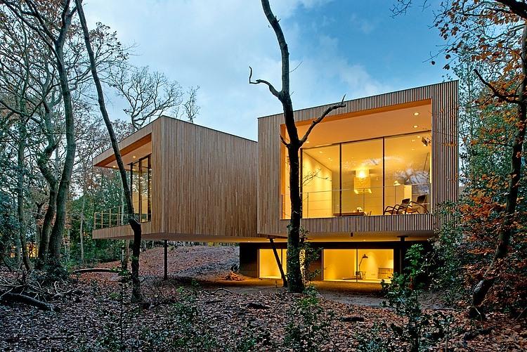Modern Villa by ArchitectenCSK