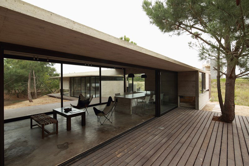 Carassale house by bak architects homedezen for Casa moderna 7x7