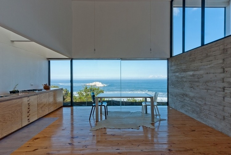 House in Chile with panoramic views
