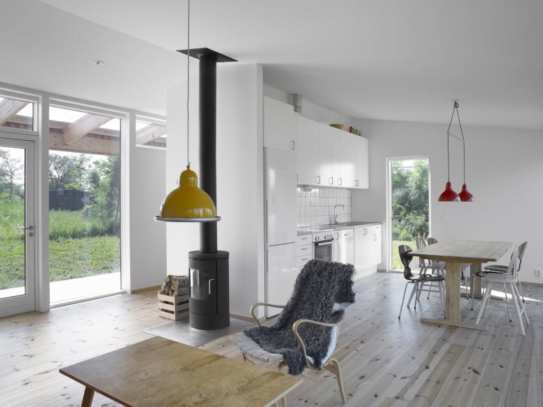 Modern retreat in Sweden by LLP arkitektkontor