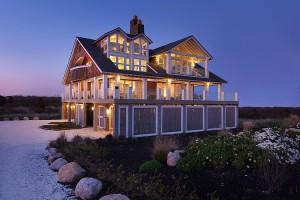 Modern residence in Rhode Island by Burgin Lambert Architects