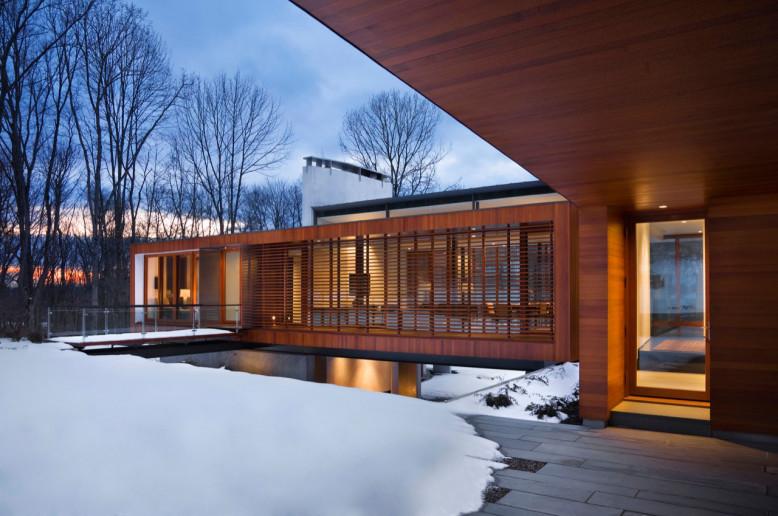 Bridge House by Joeb Moore + Partners Architects