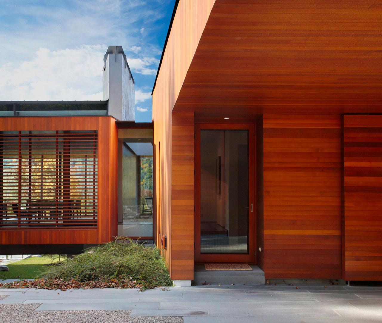 Bridge House By Junsekino Architect And Design: Bridge House By Joeb Moore + Partners Architects