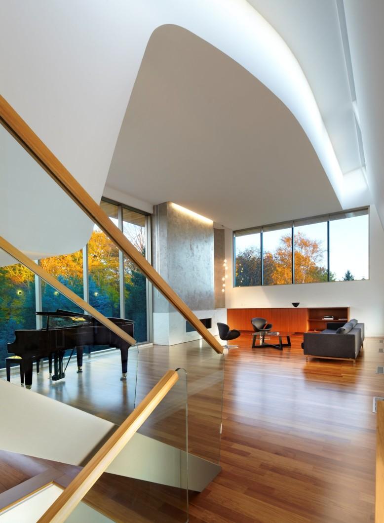 Modern House in Toronto, Canada