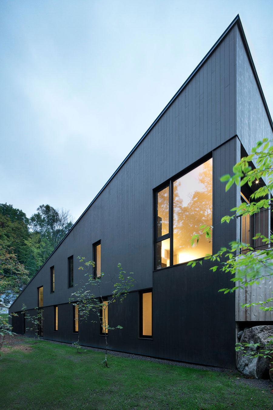 la sentinelle by naturehumaine homedezen. Black Bedroom Furniture Sets. Home Design Ideas