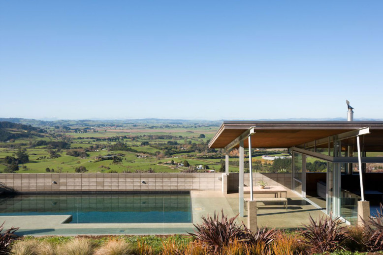 Country House by Strachan Group Architects