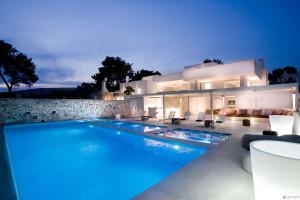 Luxury Rental Villa in Puglia, Italy: Villa Bianca