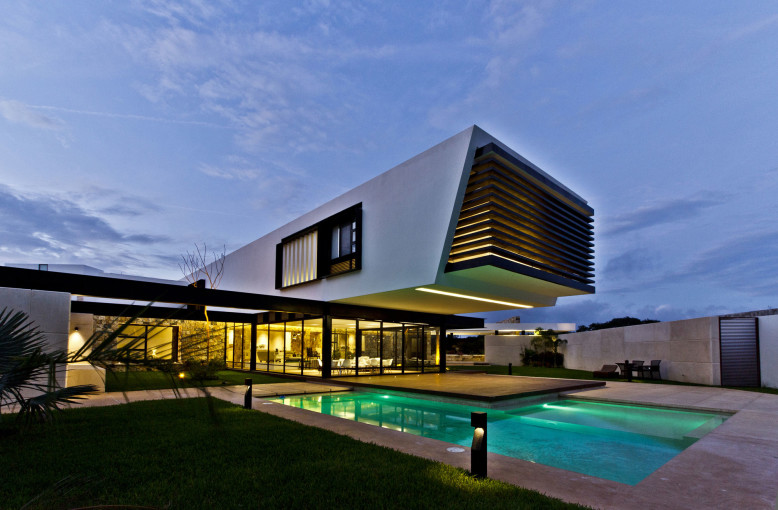 Temozón House by Carrillo Arquitectos y Asociados