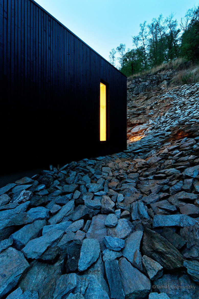 Wooden Cabin in Hungary by Béres Architects