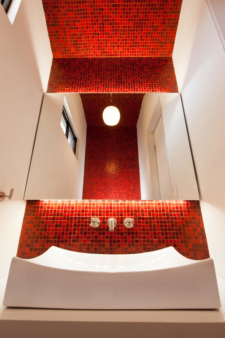 Contemporary House by LGZ Taller de Arquitectura