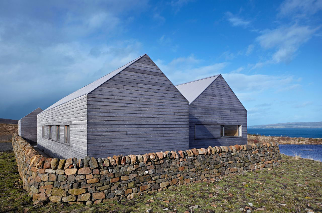 Contemporary House In Scotland By Dualchas Architects